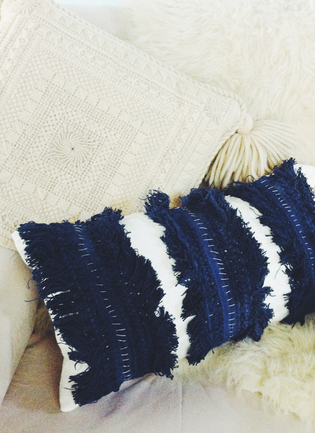 diy-fringe-pillow-j-blakeney6