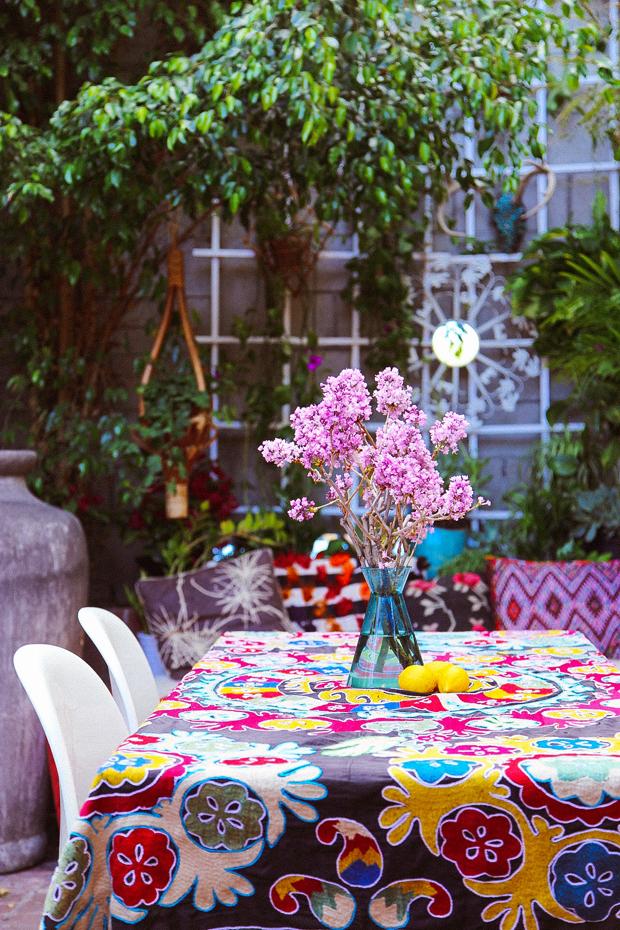Outdoor Living Room / Justina Blakeney