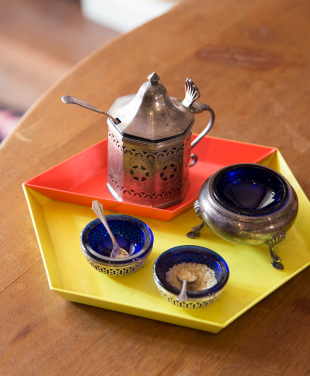 7 Unusual and fabulous ways to hold your salt + pepper