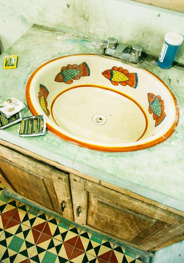 rustic-mexican-bathroom-4-web