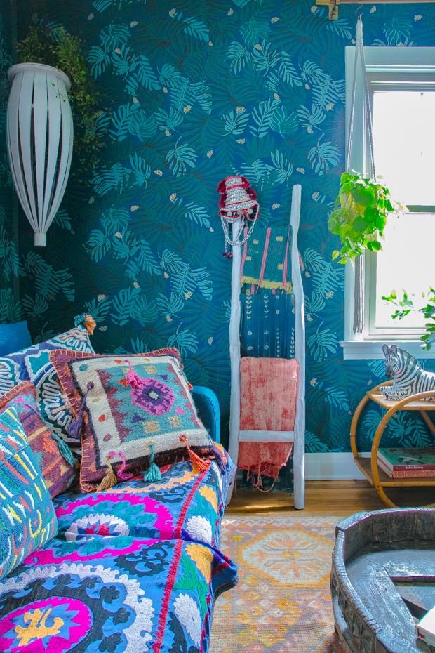 Justina-Blakeney-blue-room-10