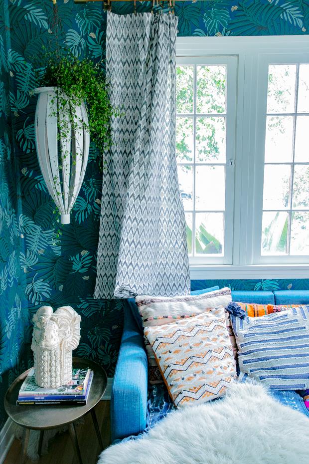 Justina-Blakeney-blue-room-6