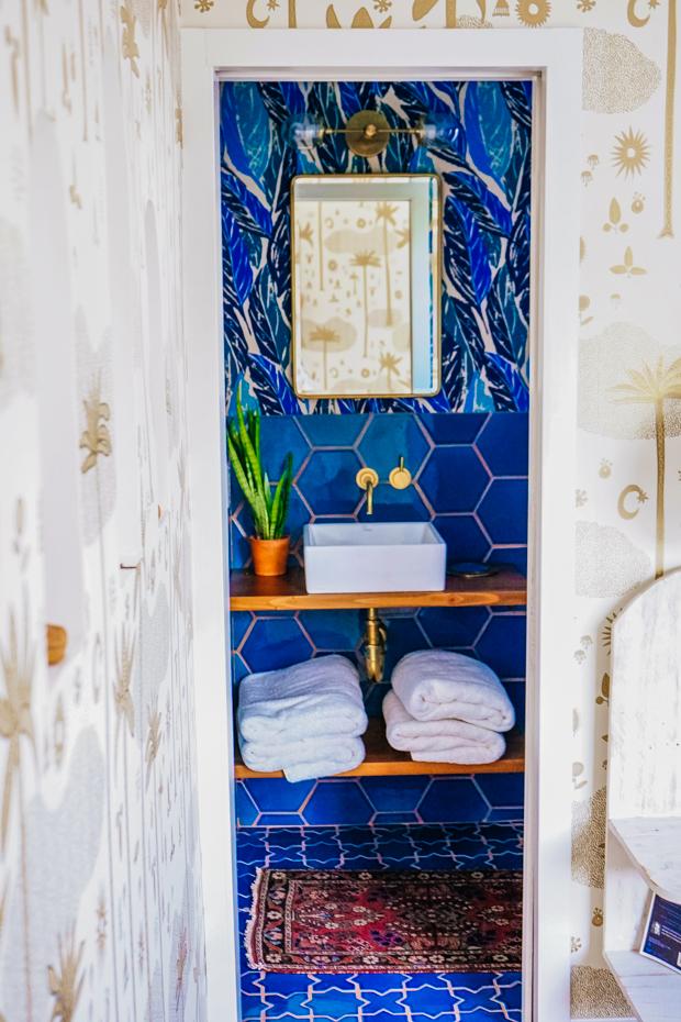 Justina Blakeney | Jungalow Bathroom