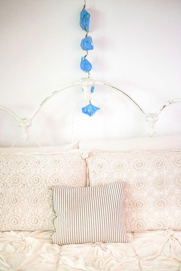 Micaela-Clouse-Bed