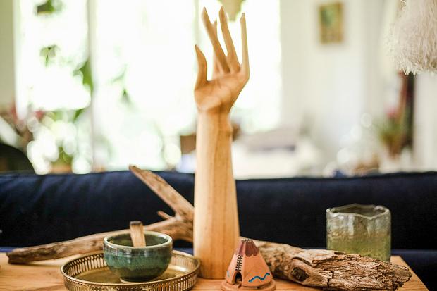 Micaela-Clouse-Hand