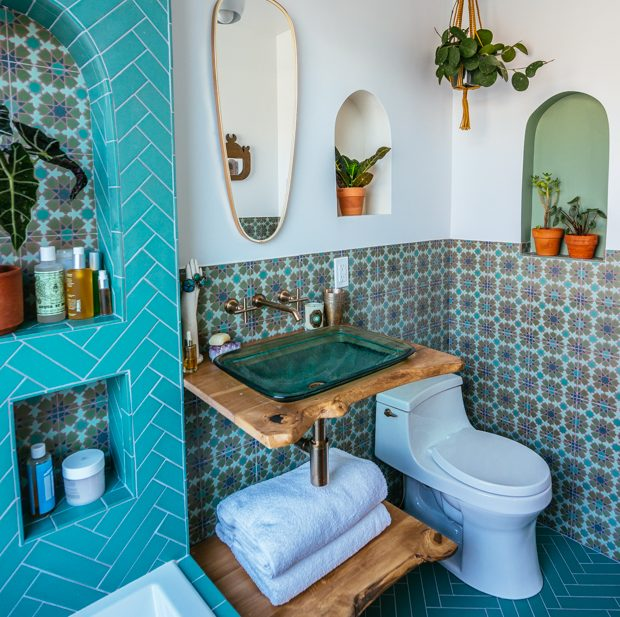 Jungalow Bathroom Before and After with Kohler | Jungalow ...