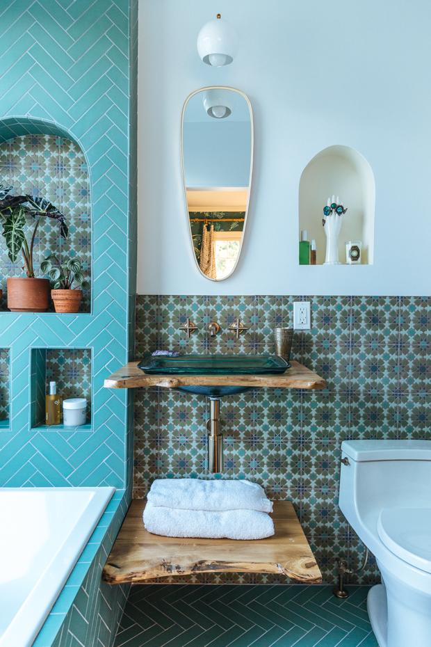 LR-Justina-Blakeney-Bathroom-8 | Jungalow by Justina Blakeney