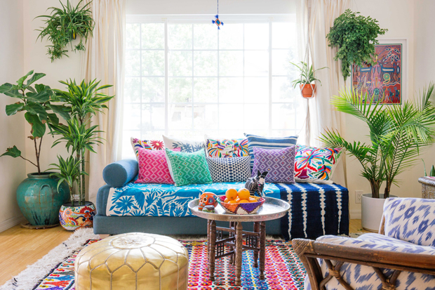 A Round Up Of 10 Boho Ottomans And Poufs Jungalow By Justina
