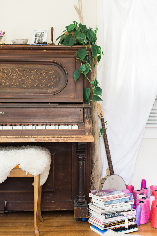 Music sets the mood at Tehya's studio. Photo credit Kat Alves.